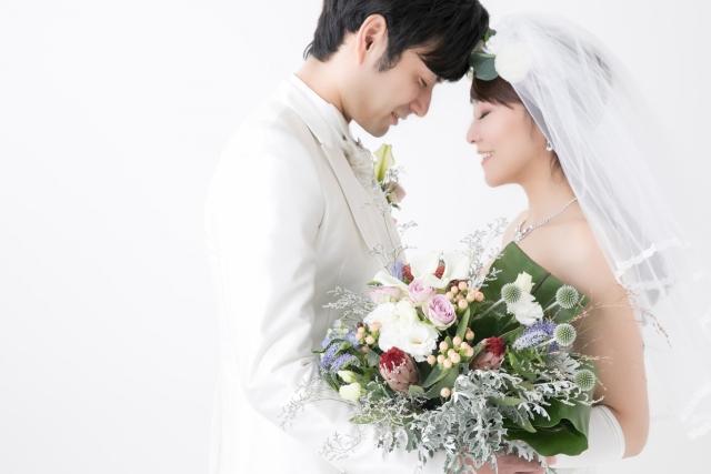 梶裕貴(かじゆうき)の顔はイケメン?結婚した声優竹達彩奈とポプテ婚の理由